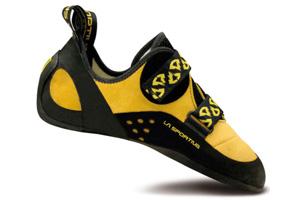 Les chaussons d'escalade à serrage scratchs s'ajustent parfaitement aux pieds