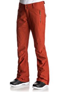 Le pantalon de ski Roxy Cabin Rooibos Tea avec sa coupe sport-chic