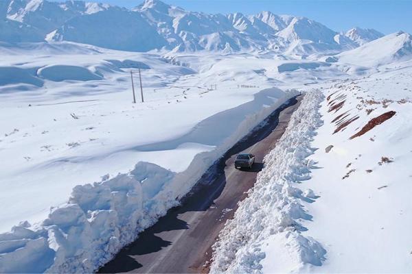 Se déplacer en Iran jusqu'au station de ski est très simple grâce aux nombreuses infrastructures