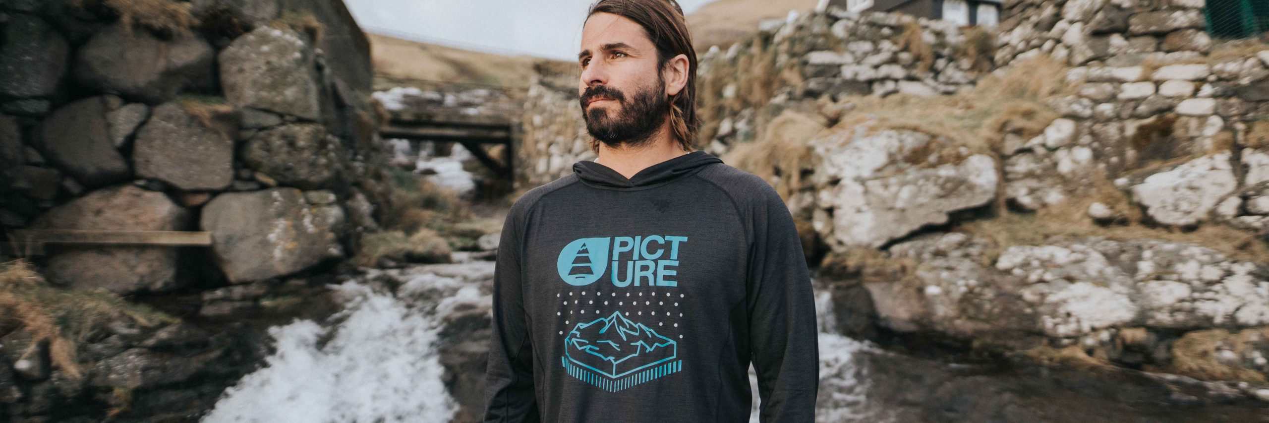 Selection pulls PICTURE ORGANIC CLOTHING